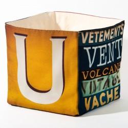 Boite de rangement lettre UV